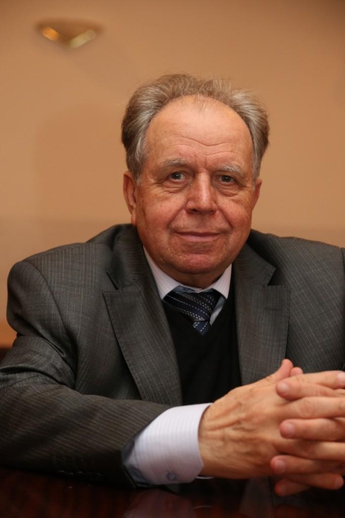 016 Пугиев Виктор Георгиевич - 016-pugiev-viktor-georgievich